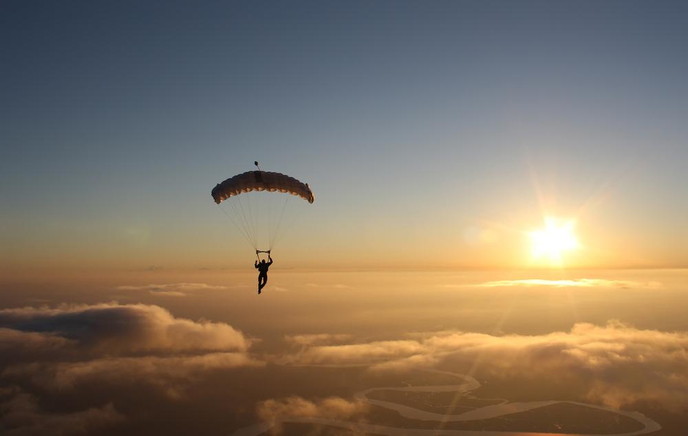 Skok ze spadochronem to nie tylko emocje ale także widoki!