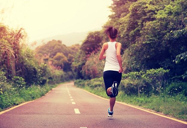 korzyści z porannego biegania