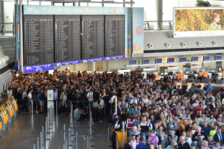 Niemcy: lotnisko we Frankfurcie już działa po ewakuacji; są opóźnienia