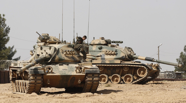 """Minister Celik: Turcja """"nie akceptuje"""" rozejmu z Kurdami w Syrii"""