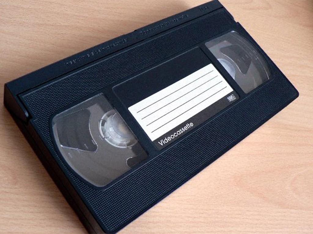 przedmioty z lat 90