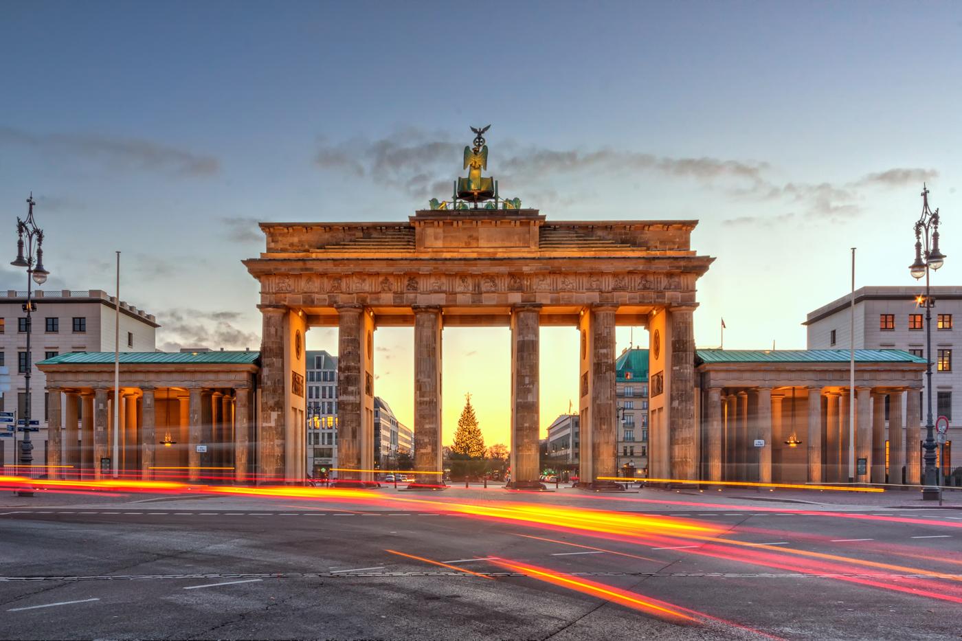 Jaka waluta obowiązywała przed wprowadzeniem euro w Niemczech?
