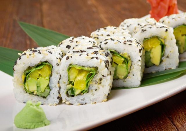 czego unikać zamawiając sushi