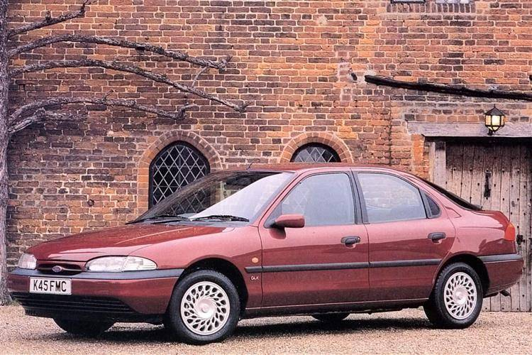 Ford Mondeo 1992 rok