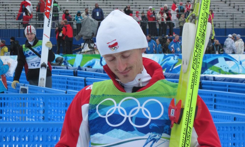 W którym roku Adam Małysz zakończył karierę w skokach narciarskich?
