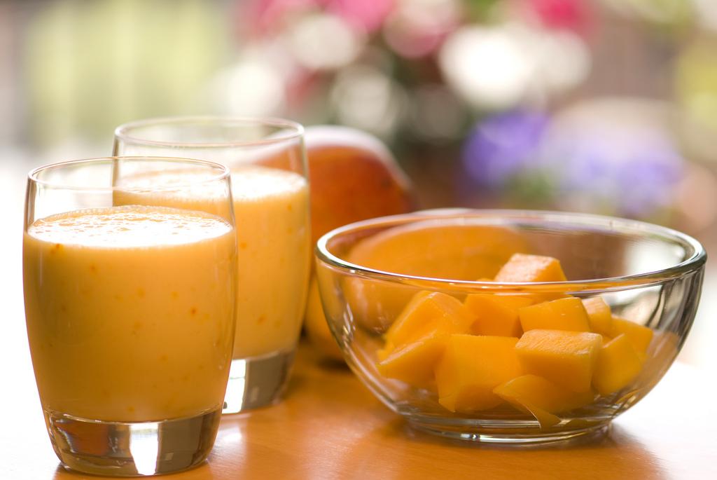 Great-Edibles-Recipes-Mango-Lassi-Weedist