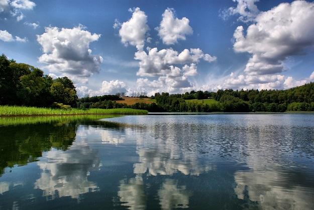 lake-2134181_960_720