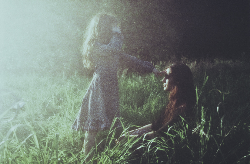 the_light_for_my_mother__by_laura_makabresku-d7mw0rj