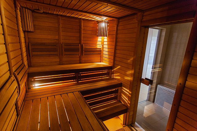 bath-1317997_640